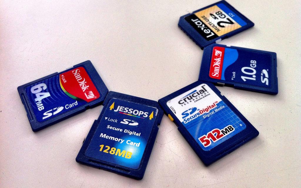 Care sunt criteriile după care alegi un card pentru gadget-ul tău?