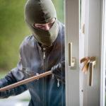 5 lucruri pe care să le faci pentru a îndepărta hoții de casa ta