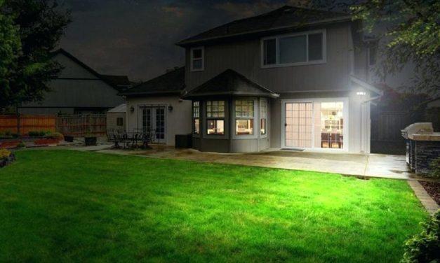 4 avantaje ale iluminatului de exterior cu proiectoare LED